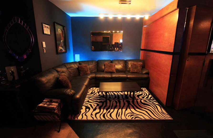 Studio Ray Recording Studio Lounge - Queens New York City
